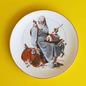 Santa's Helpers Norman Rockwell 1979 Plate